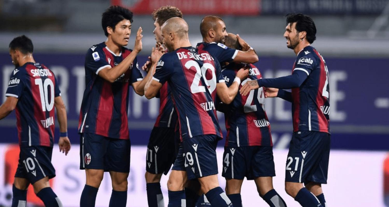 Esultanza gol giocatori Bologna