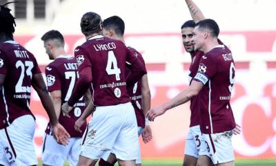 Belotti esultanza gol Torino